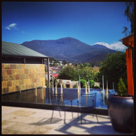 Islington Hotel: Beautiful views to Mount Wellington!