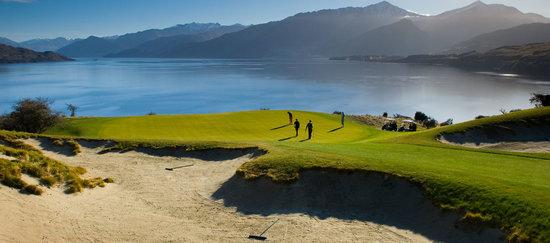 Peak Golf Queenstown: getlstd_property_photo