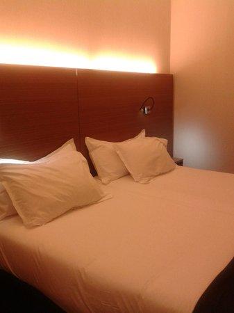 Vincci Zaragoza Zentro: habitacion
