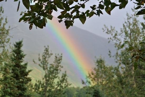 Summit Lake Lodge: rainbow over the lodge