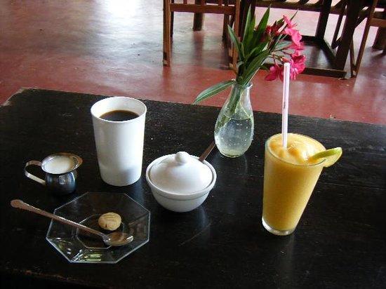 Wamama Kahawa Coffee Roasters: スムージー