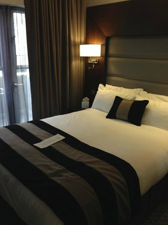 Park Grand London Kensington: Such a Comfy Bed!