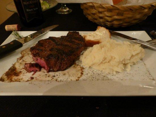 J.T.'s at the Lavalette: 9 oz Filet, Mediun Rare, Garlic Mashed Potatoes-PerfectionO