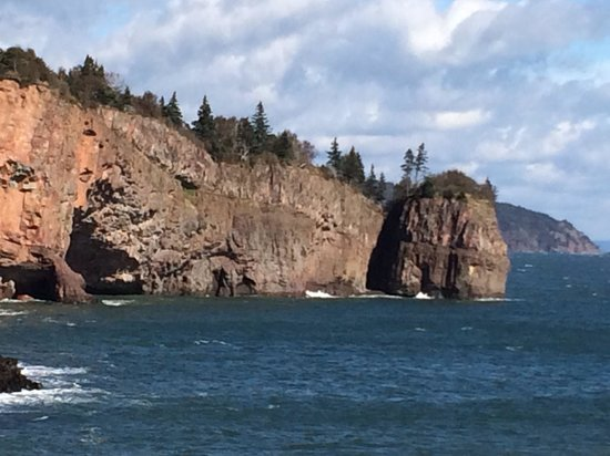 The Lighthouse on Cape d'Or: Picture perfect views