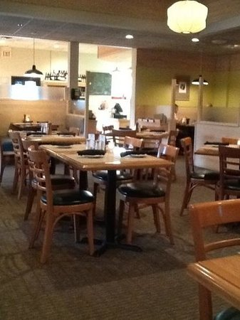 Dining Room Picture Of Good Earth Roseville Roseville TripAdvisor