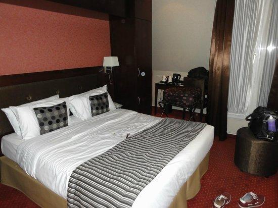 Hotel Abbatial Saint Germain: Room