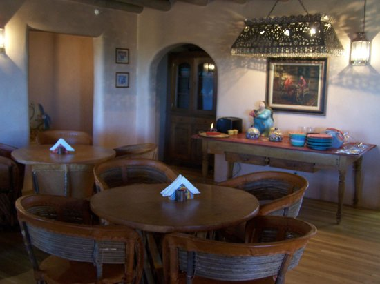 The Bobcat Inn : The dining area