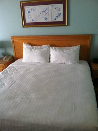 Ocean Park Inn: bed