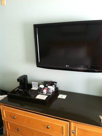 Ocean Park Inn: nice tv
