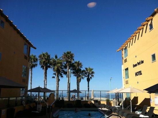 Ocean Park Inn: pool view