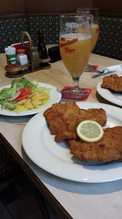 Gasthaus Elsner: they had a great pork schnitzel