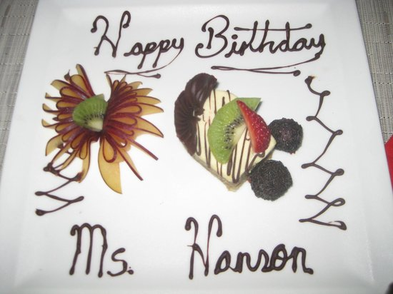 Sandos Cancun Luxury Resort: My Birthday Cake!