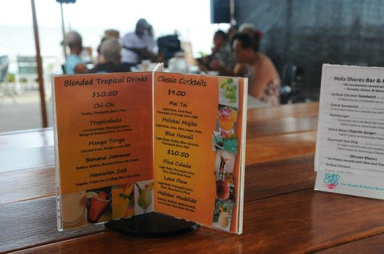 Hula Shores: Drinks and (for now) sandwiches & chicken