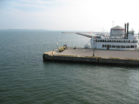 Holiday Inn Kingston - Waterfront: View from room balcony