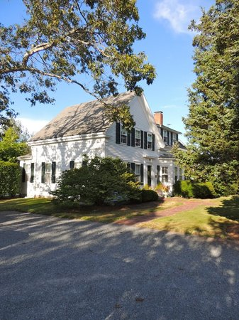 Fort Hill Bed and Breakfast : A photo of the main house of the Fort Hill B & B, Eastham, MA