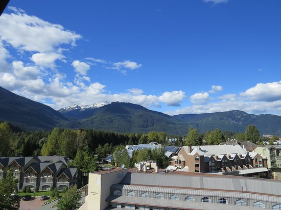 Hilton Whistler Resort & Spa: View from our 8th floor room