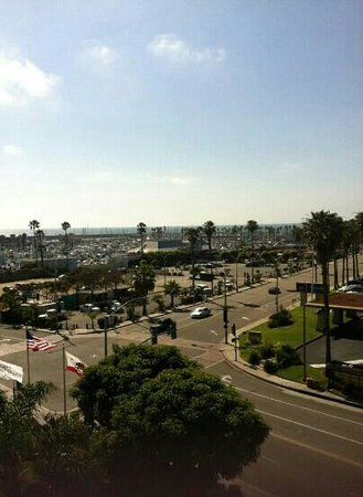 Crowne Plaza Redondo Beach & Marina : The balcony view from our room