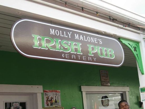 Molly Malone's-Irish Pub & Eatery : LOVE THIS PLACE!!