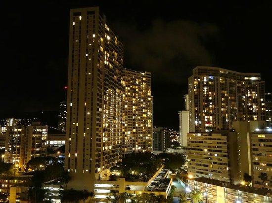 Ramada Plaza Waikiki: view from our balcony
