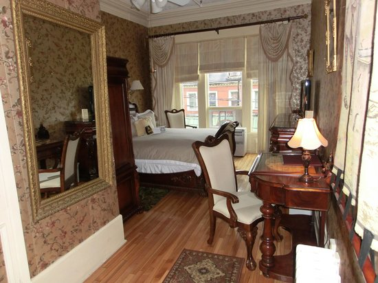 Waverley Inn : Oscar Wilde room