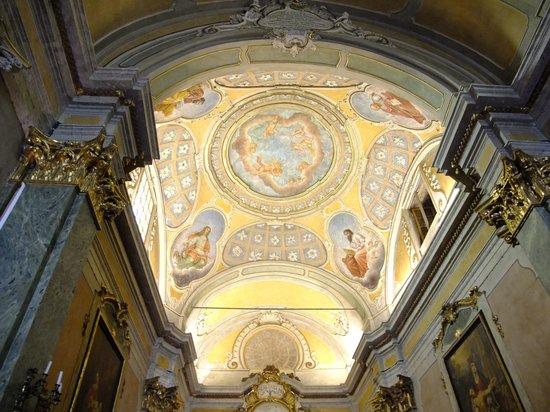Eglise Notre Dame de l'Assomption : 美しい天井。