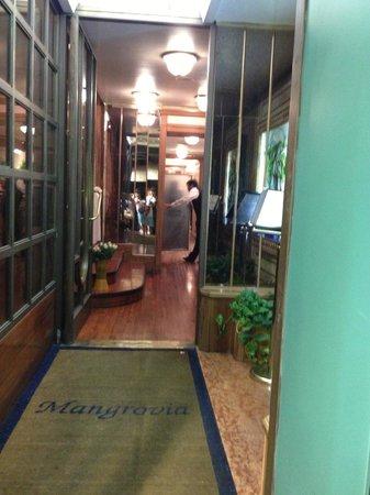 Mangrovia Restaurant : 入り口