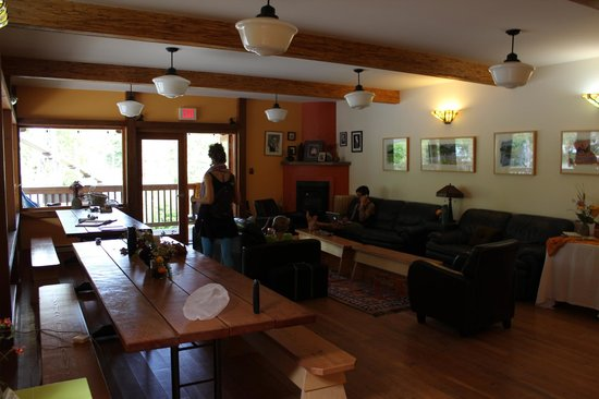 写真The Ecolodge at the Tofino Botanical Gardens枚