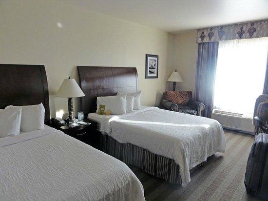 Hilton Garden Inn Kalispell : Beds