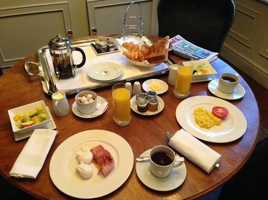St. James's Hotel and Club: Yummy Breakfast at the St. James Hotel and Club