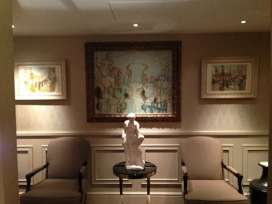 St. James's Hotel and Club : Serene Fine Art in The St. James Suite