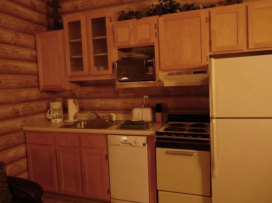 Stoneridge Resort: Cute kitchen!