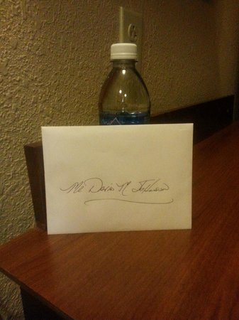 Hampton Inn & Suites Youngstown - Canfield: Hand-written note from the general manager