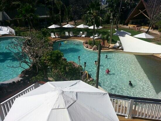 Malolo Island Resort : from restaurant looking down onto pools