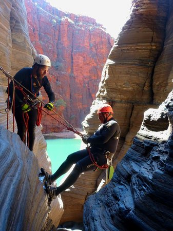 West Oz Active Adventure - Day Tours: Abseiling in Knox Gorge