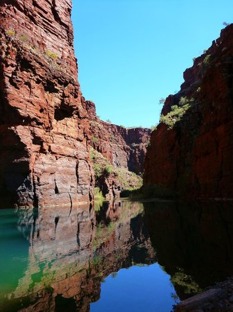 West Oz Active Adventure - Day Tours: Red Gorge, stunning!!
