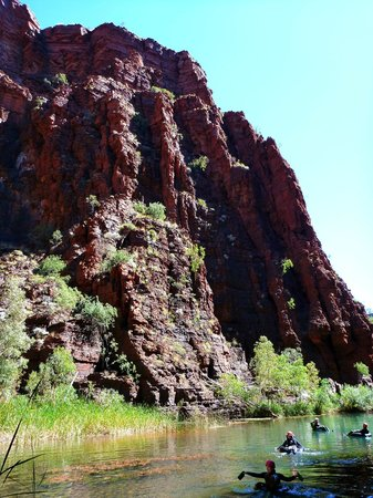 West Oz Active Adventure - Day Tours: Red Gorge