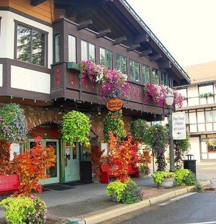 Cafe Christa: Bavarian Bistro & Bar