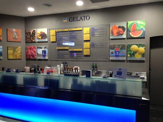 RivaReno Gelato Darlinghurst: The store - front on