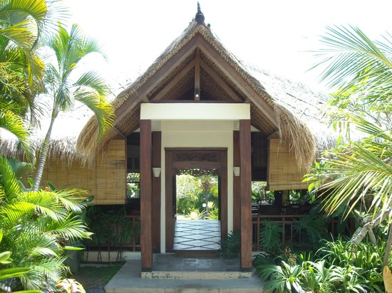 Lullaby Bungalows: entrance