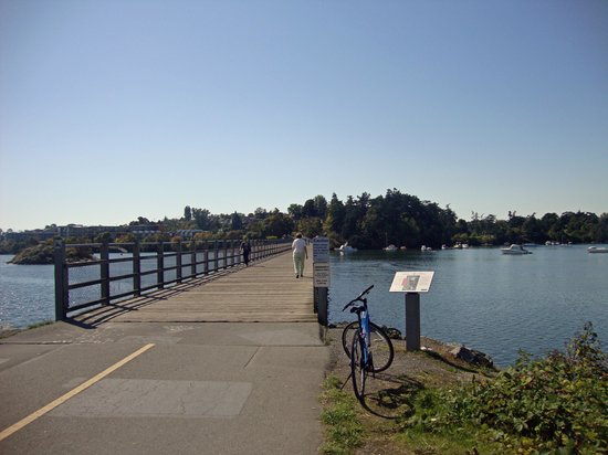 Galloping Goose Regional Trail: Galloping Goose Trail features great bridge crossings