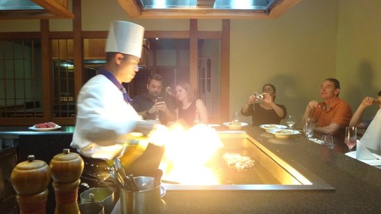 RACV Royal Pines Resort: Teppanyaki dinner at Arakawa restaurant