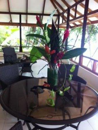 Tango Mar Beachfront Boutique Hotel & Villas: Balcony -Robinson Crusoe Villa