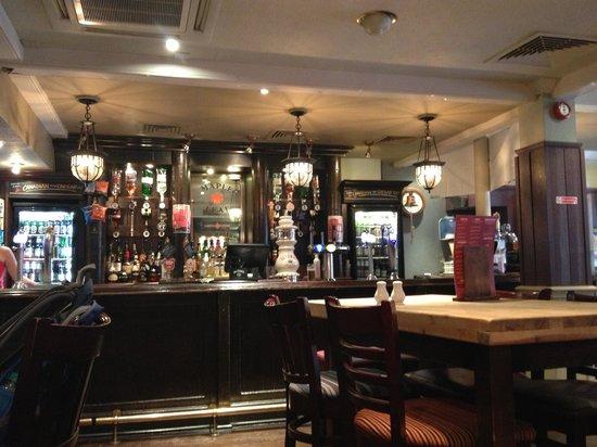The Maple Leaf : Inside Maple Leaf Pub