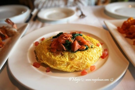 Post Hotel & Spa: Salmon Omelette
