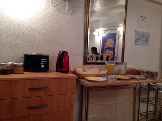 Belgrave Hotel London: colazione