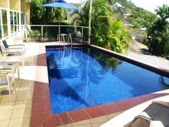 Sunlit Waters Studio Apartments : The Pool