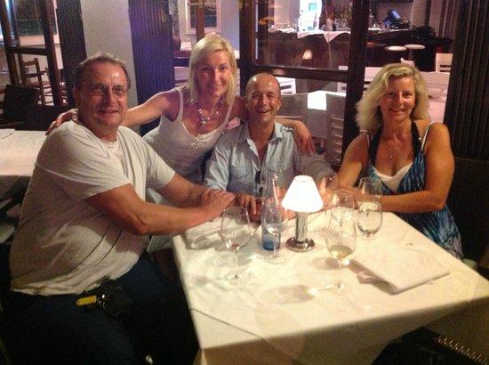 Roland Restaurant : Wonderful place to enjoy with friends