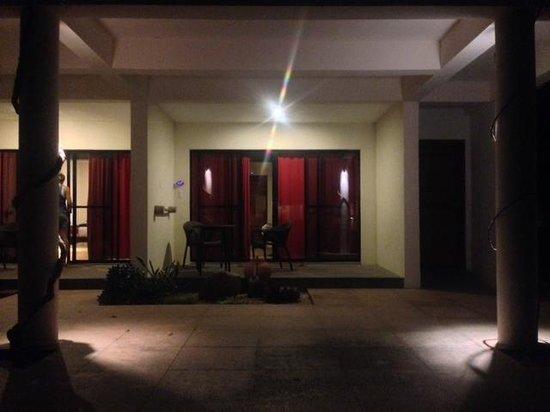 Bluewater Panglao Beach Resort: Room Entrance