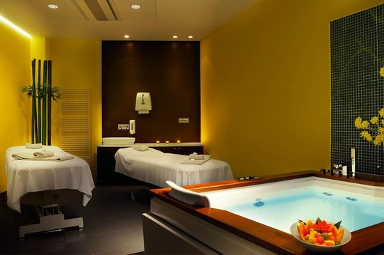 Thermana Park Lasko: Wellness room - massage and bath