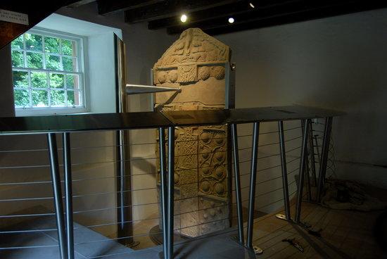 Nigg Old Church: Nigg Pictish Monument